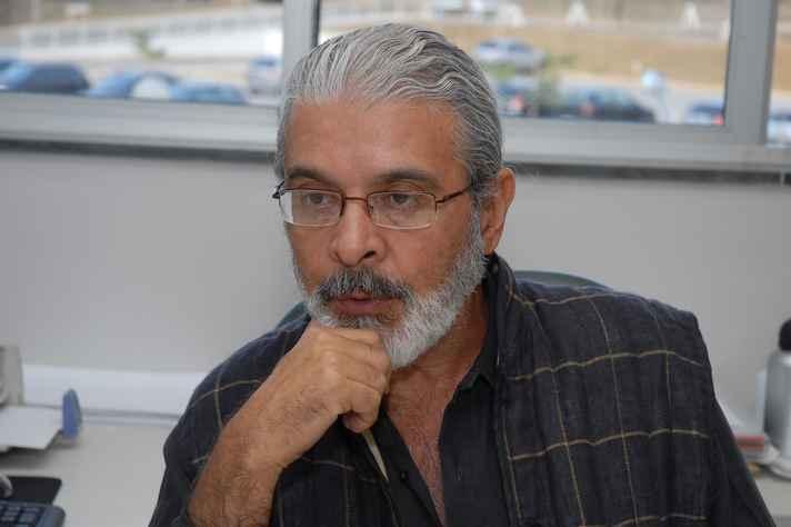 Roberto Monte-mór (Cedeplar/UFMG)