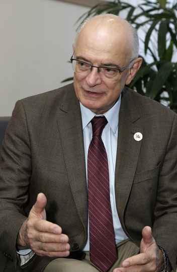 Reitor da UFRGS, Ruy Oppermann defende protagonismo regional