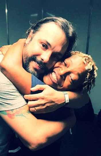 O cantor e compositor mineiro Rodrigo Borges lança seu segundo disco em show com participação de Mart'nalia.