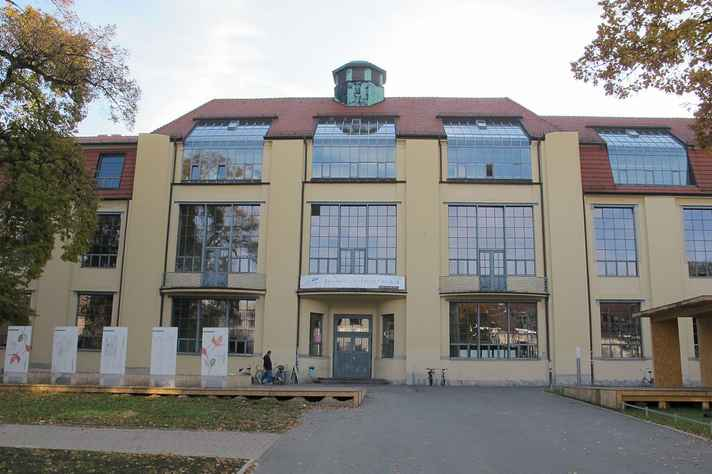 Edifício da primeira Bauhaus, inaugurada em 1919, em Weimar, na Alemanha.