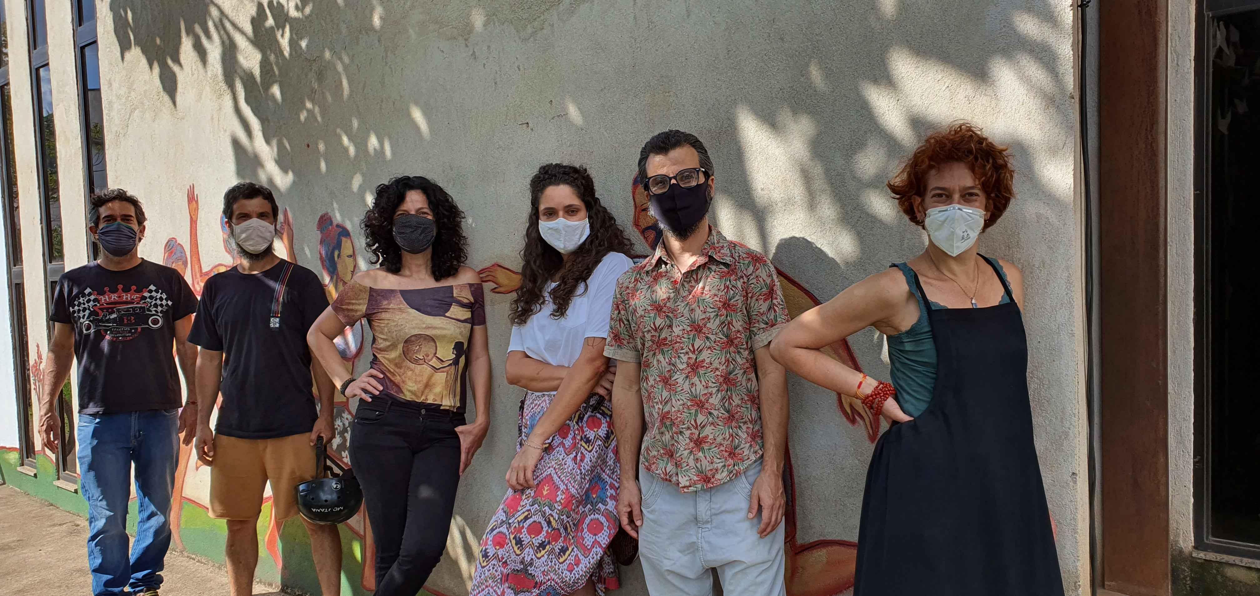 O grupo de teatro Armatrux.