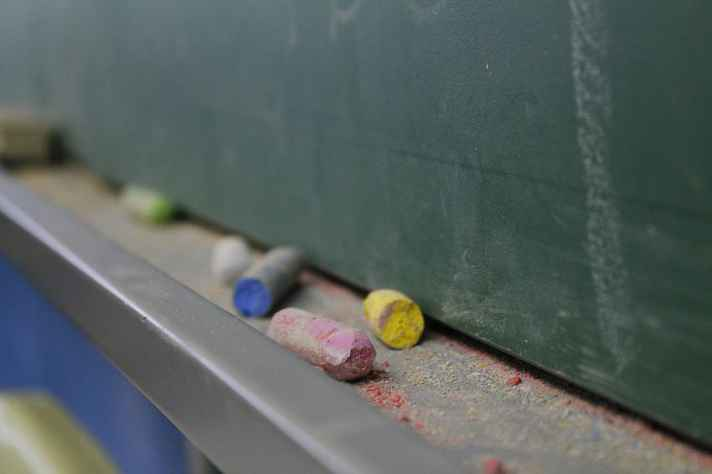 Sala de aula: infraestrutura vai além da dimensão física do ambiente escolar