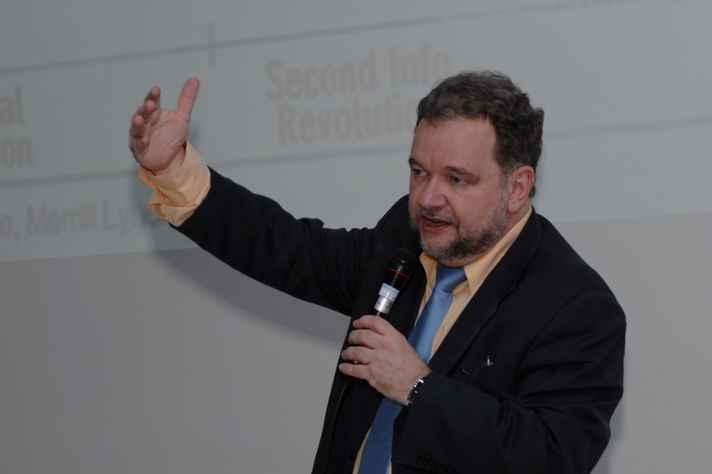 Evando Mirra: contribuições