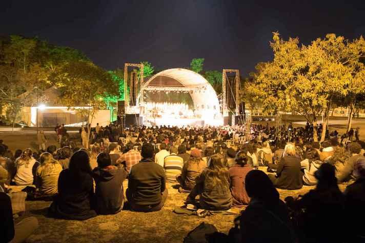 Carmina Burana no 49 Festival de Inverno