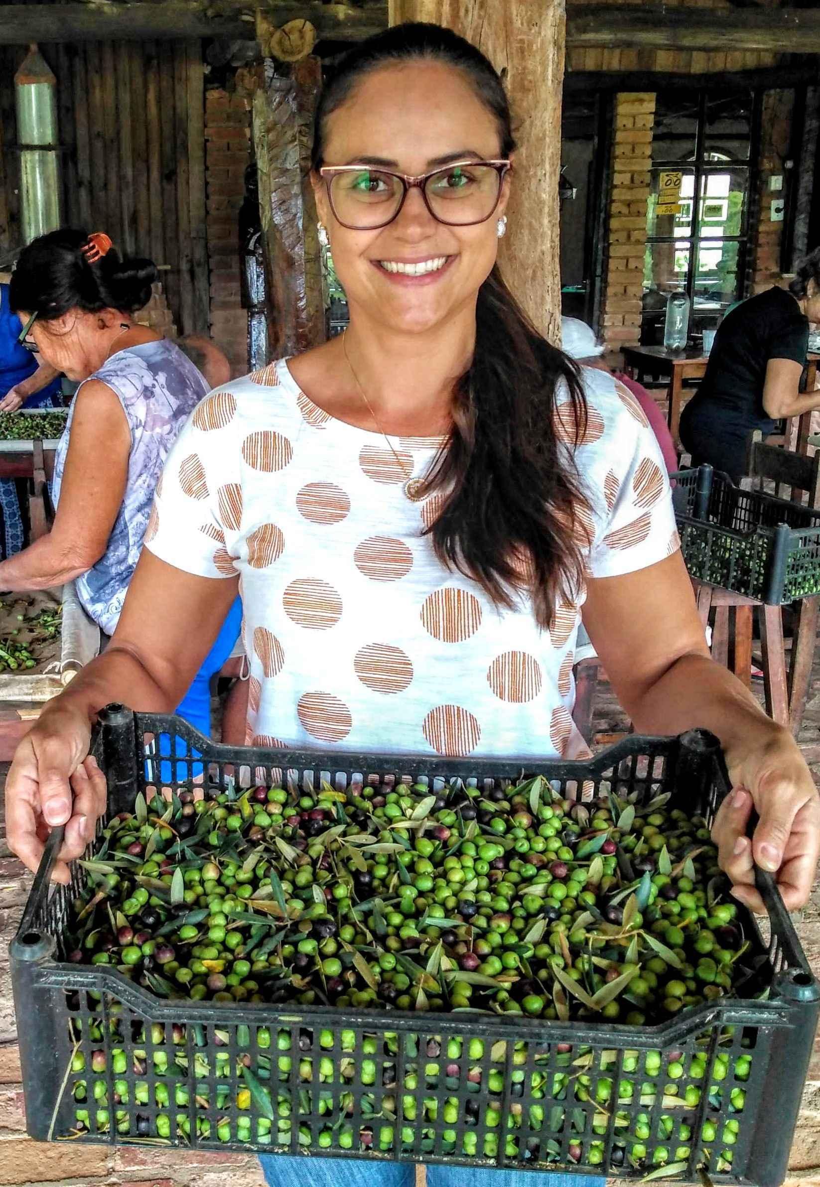 Amanda: proximidade entre pesquisadores e produtores de oliveiras permite a elaboração de protocolos que buscam mais qualidade dos produtos