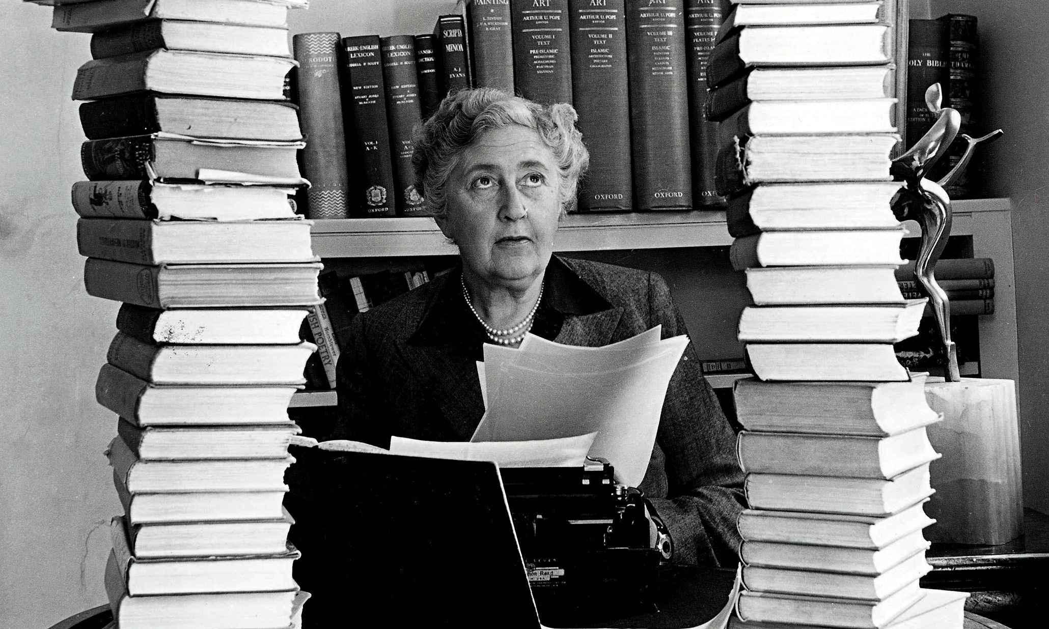 Agatha Christie é uma das romancistas mais renomadas da literatura mundial