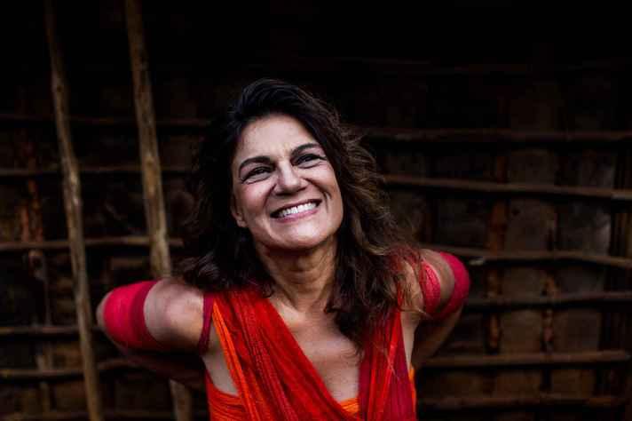 Em quatro lives, Titane interpreta canções de Chico César, Chico Buarque, Elomar, entre outros