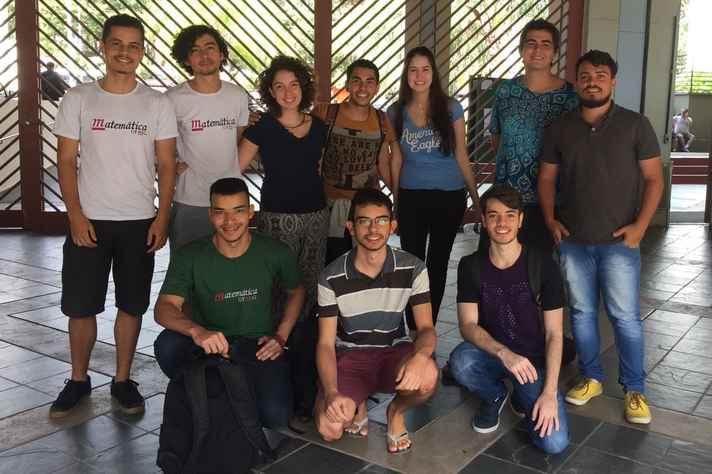 Aulas são ministradas por estudantes de graduação e pós-graduação do ICEX e da Escola de Engenharia da UFMG