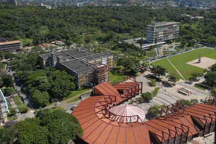 Vista aérea do campus Pampulha, onde está concentrada a maioria das atividades da UFMG