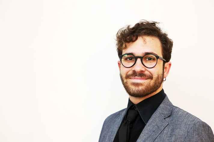 O pianista Davi Camisassa é um dos jovens músicos que se apresentam no recital desta terça.