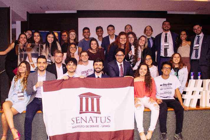 Parte da equipe do Senatus: fundamentação dos argumentos e construção do discurso