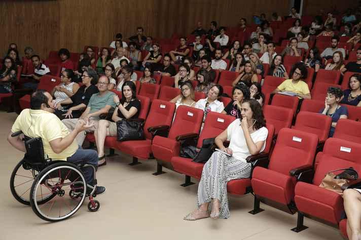 A palestra abriu a série de seminários Viver a UFMG, direcionada aos calouros