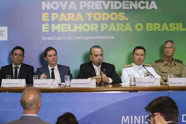 Representantes do Ministério da Economia e das Forças Armadas apresentam projeto de reforma da Previdência dos militares