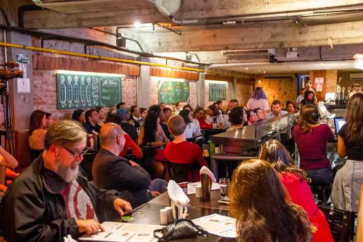 BH recebe 15 painéis em bares e restaurantes da cidade