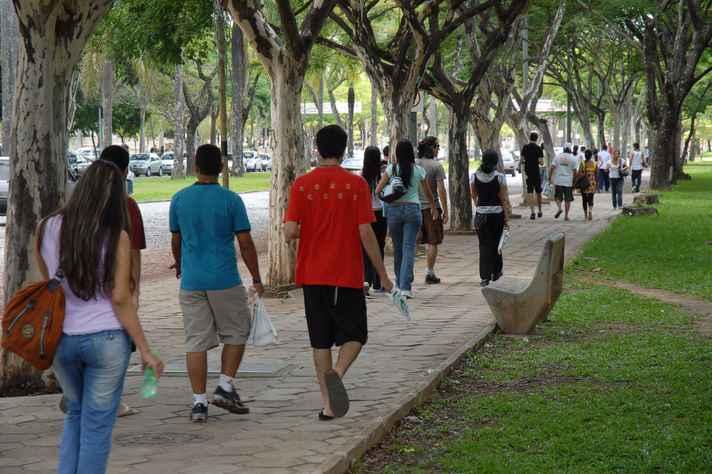 Milhares de calouros serão recebidos pela UFMG na próxima semana