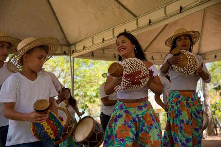 Grupo de maracatu Famiguê compôs a programação de 2018
