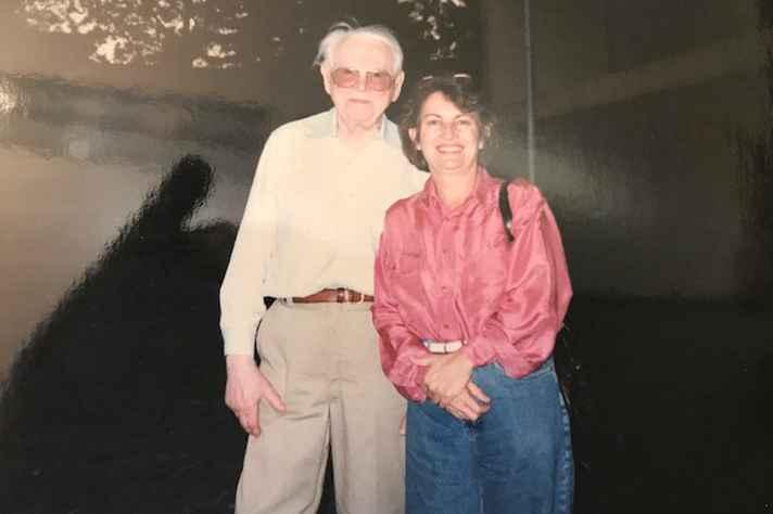 Na foto, Regina Helena e Josef Brozek, quando de sua vinda a Belo Horizonte e à UFMG, na virada do século