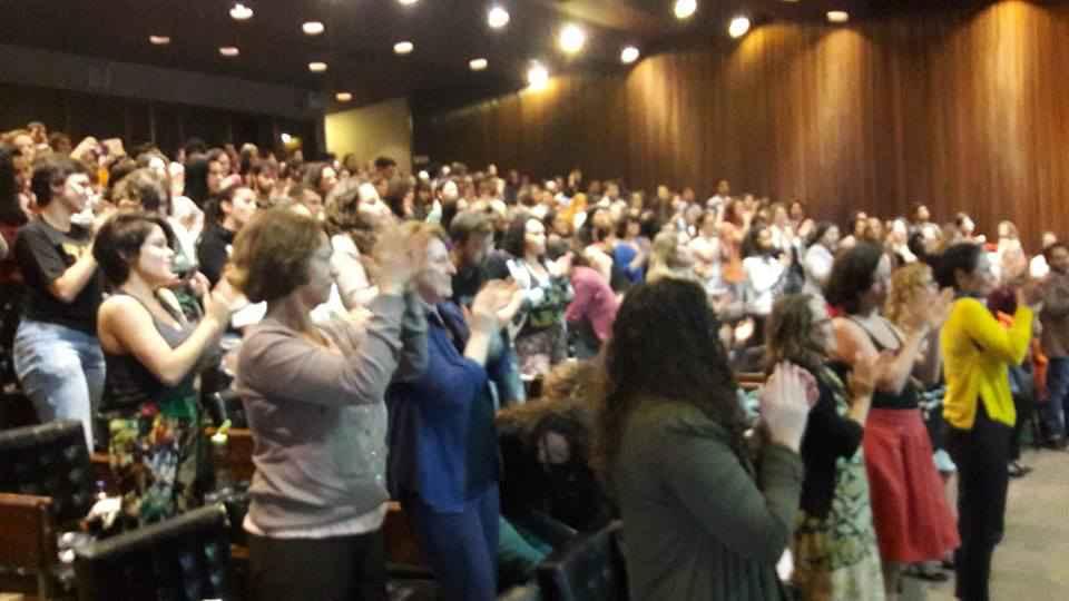 Plateia que lotou o auditório da Reitoria para acompanhar a aula inaugural