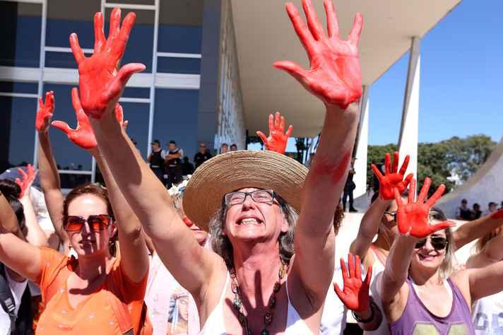 Protesto contra violência contra a mulher em Brasília, 2016