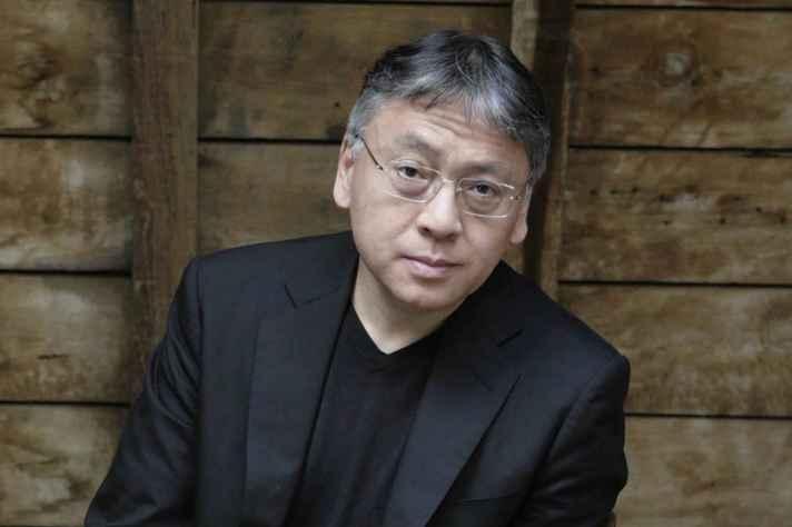 Kazuo nasceu em Nagasaki, no Japão, em 1954
