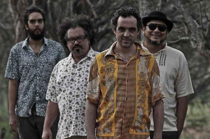 A banda paraibana Cabruêra abre o Musica Mundo nesta quinta, 6, às 21h, no Grande Teatro do Sesc Palladium.