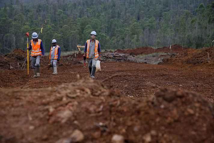 Mineradora Samarco e o canteiro de obras da Nova Bento Rodrigues