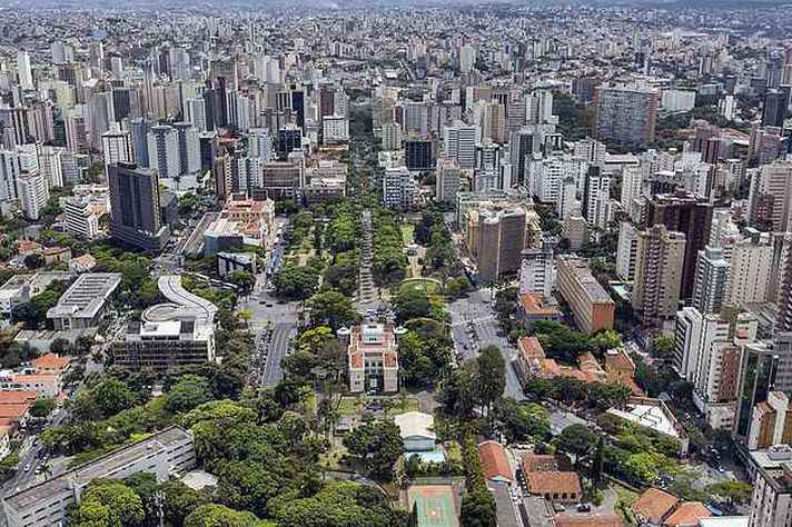 Vista aérea de Belo Horizonte: futuro das cidades é um dos subtemas da disciplina