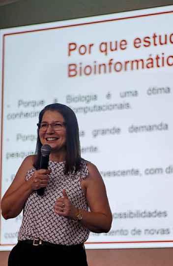 Glória Franco, do ICB: pesquisa de bancada deu lugar ao Big Data