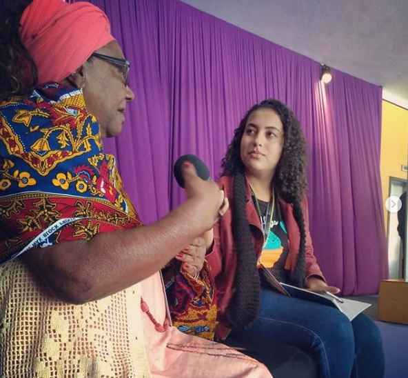 Mãe Efigênia, durante entrevista a Giulliana Santos, na CineOP