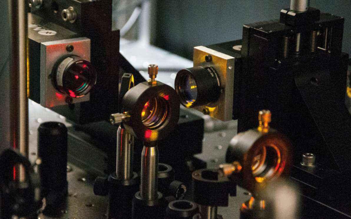 Aparato de detecção do par de fótons: observação em temperatura ambiente