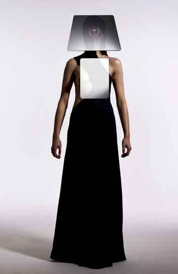 Miroir d'apparence, criação do belga Nicolas Destino, que une moda e design de objetos