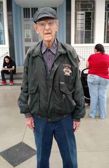 Aos 91 anos, aposentado Newton da Costa Lage conta que nunca deixou de votar
