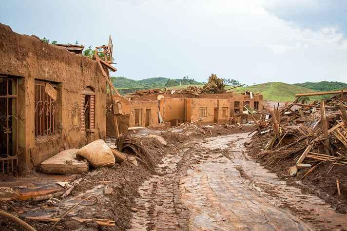 Há 3 anos o rompimento da barragem do Fundão arrasou o distrito de Bento Rodrigues em Mariana.