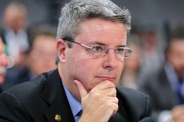 Antônio Anastasia (PSDB)