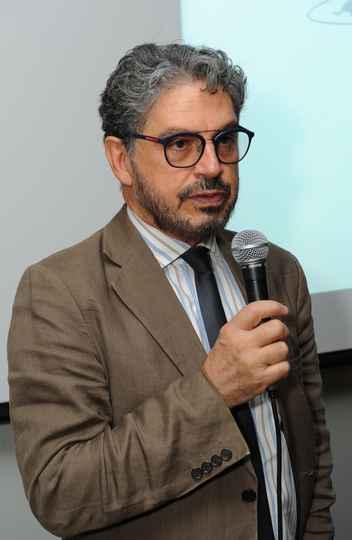 Fábio Alves, diretor de Relações Internacionais da UFMG: pequena aula de português como um convite ao encontro