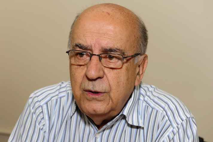 o professor Cid Veloso, reitor da UFMG na gestão 1986-1990