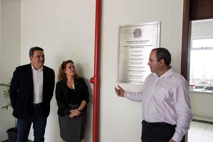 Jaime Ramírez, Sandra Goulart Almeida e Leonardo Tuffi  inauguram as instalações ampliadas do CPCA