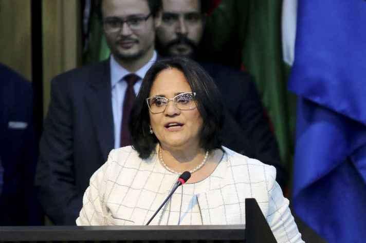 Ministra da Mulher, da Família e dos Direitos Humanos, Damares Alves, negou exclusão dos direitos LGBTI das atribuições da pasta