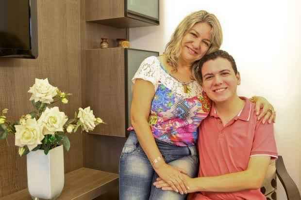 Selma Sueli Silva e Victor Mendonça