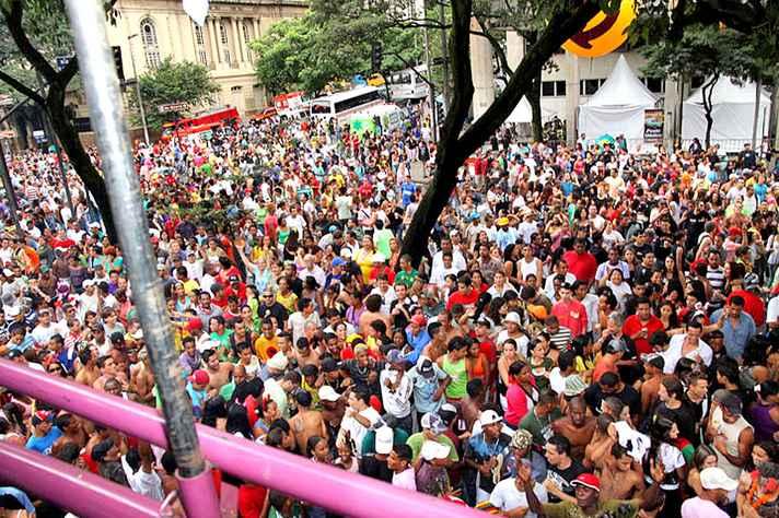 Carnaval é marcado por debates em Belo Horizonte