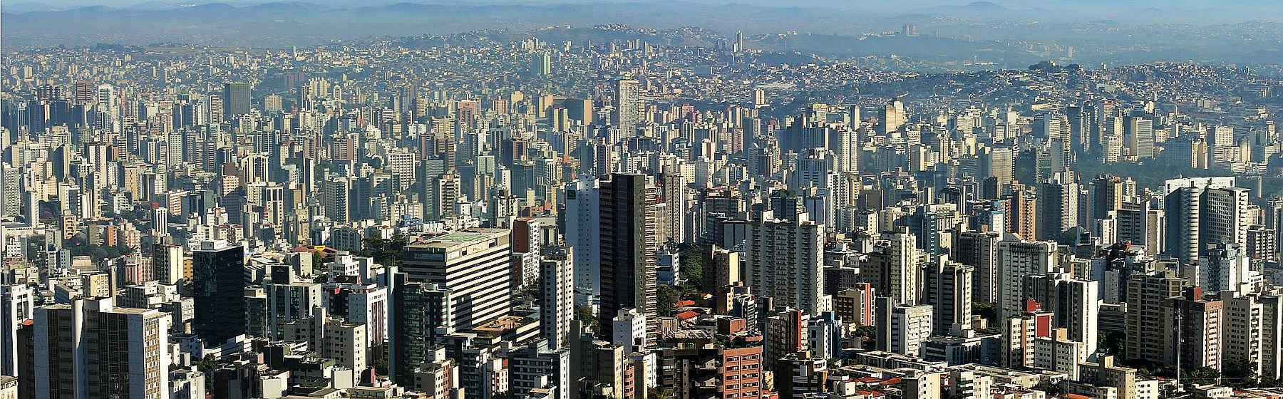 Belo Horizonte vista do Mirante do Mangabeiras: variante britânica já circula na capital mineira