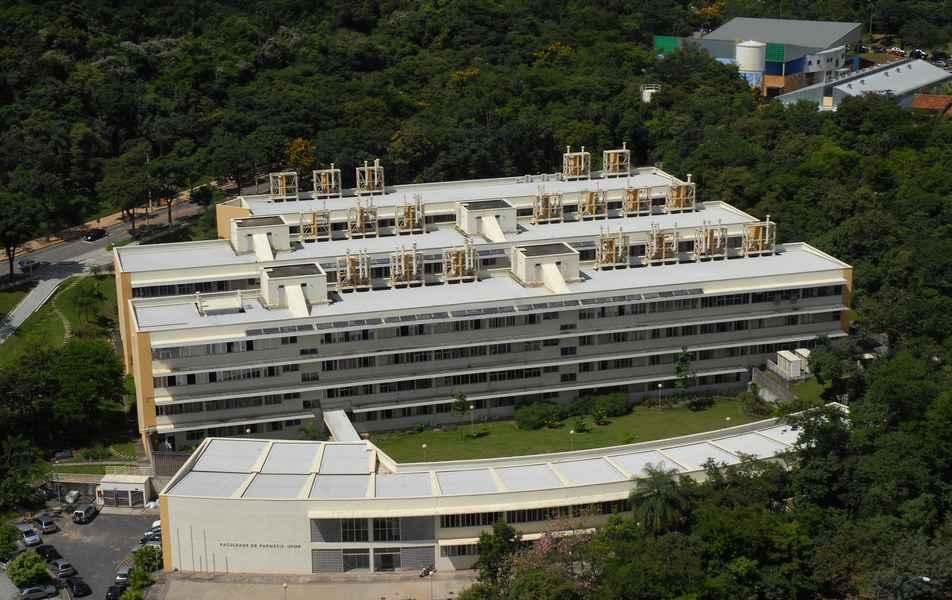 Foto aérea da Faculdade de Farmácia