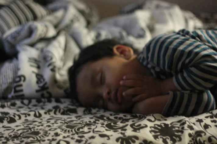 Em crianças, respiração deve ser monitorada desde cedo