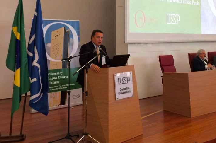 Reitor Jaime Ramírez reafirma o compromisso da UFMG com a educação como bem público, servindo aos propósitos do desenvolvimento do país