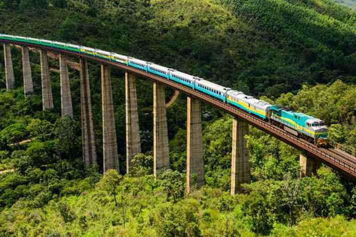Trecho da Estrada de Ferro Vitória Minas