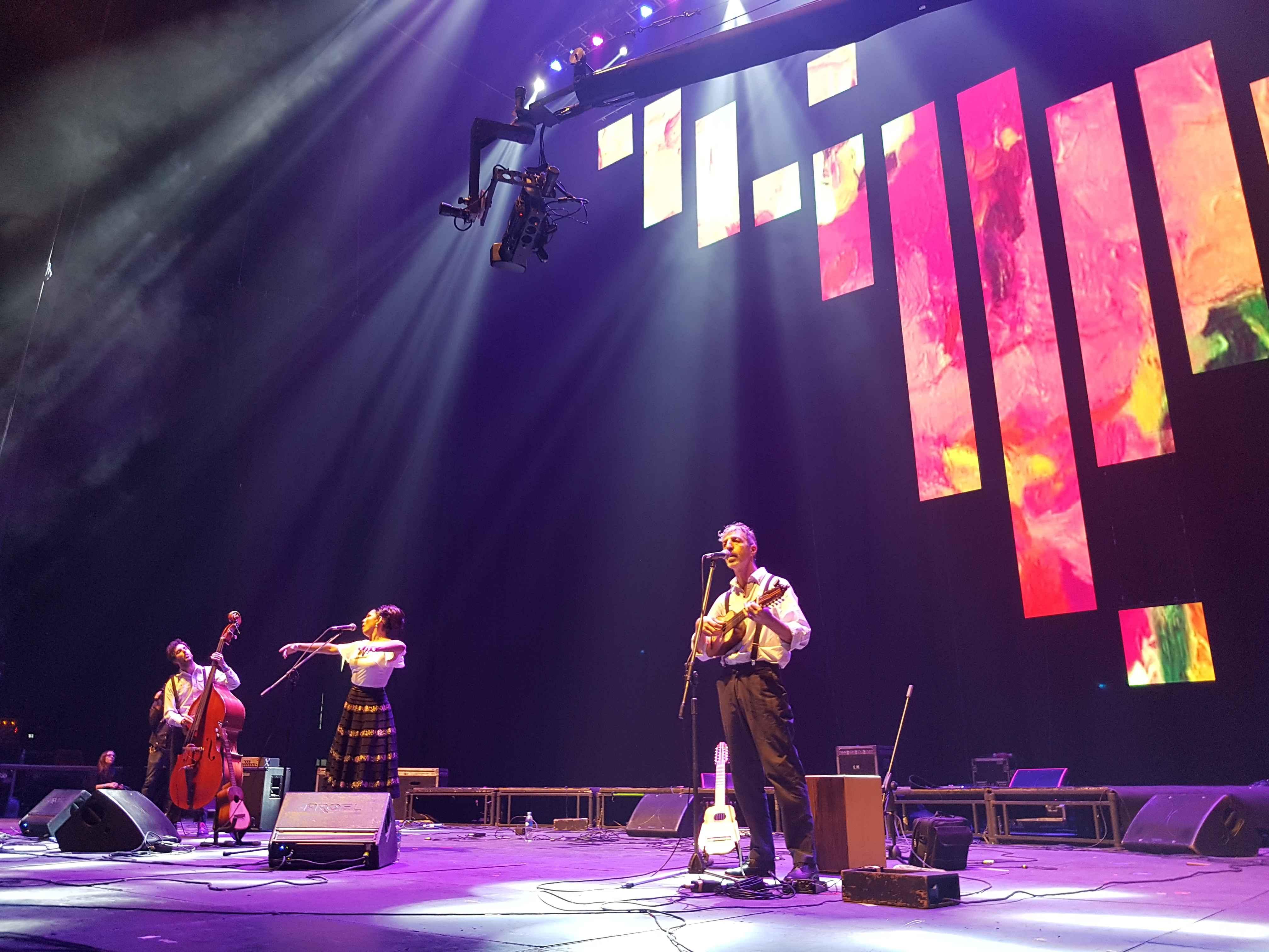 Charo Bogarín: olhos e voz para os sons da América Latina