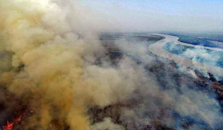 Governo Estadual do Mato Grosso e Mato Grosso do Sul decretaram emergência ambiental no Pantanal e iniciaram a Operação Pantanal II de combate às chamas