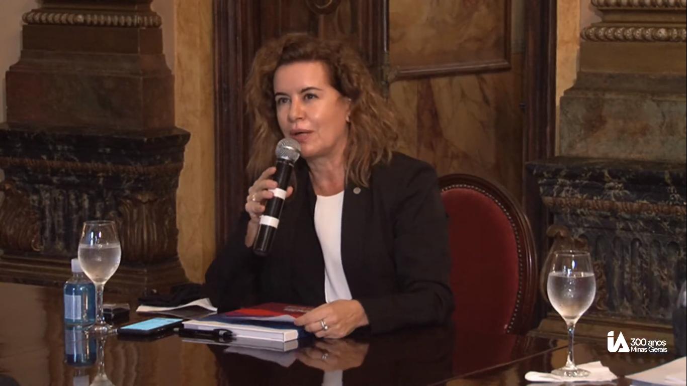 Sandra Goulart Almeida: capacidade de resposta