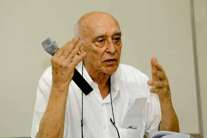 José Israel Vargas dá nome à Medalha de Mérito em Pesquisa