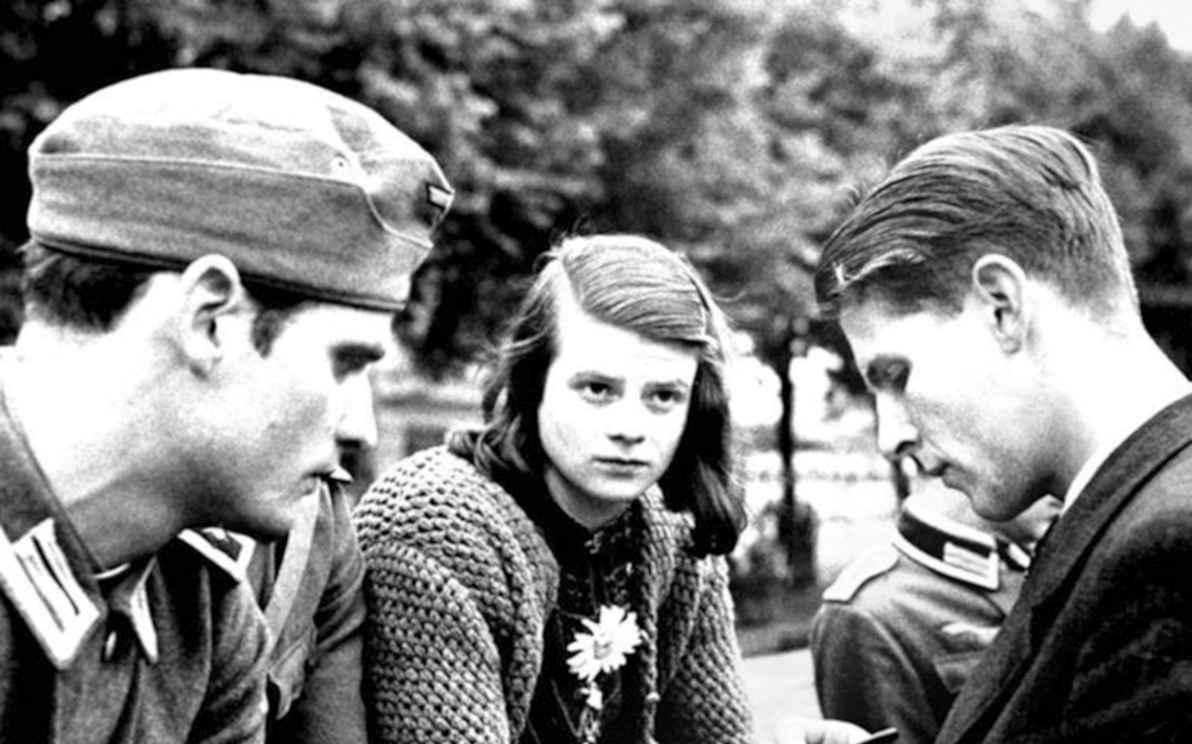 Três integrantes do movimento Rosa Branca